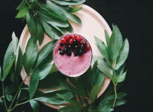 Voćni jogurt od bobičastog voća